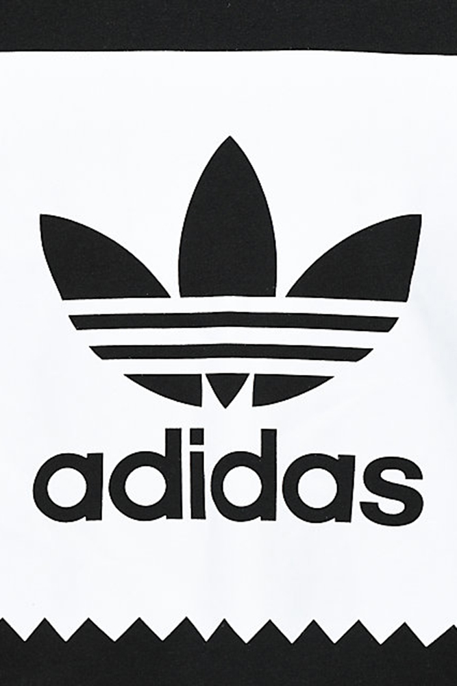 Adidas-Originals-Men-039-s-Blackbird-Trefoil-Graphic-Pocket-Pullover-Hoodie thumbnail 4