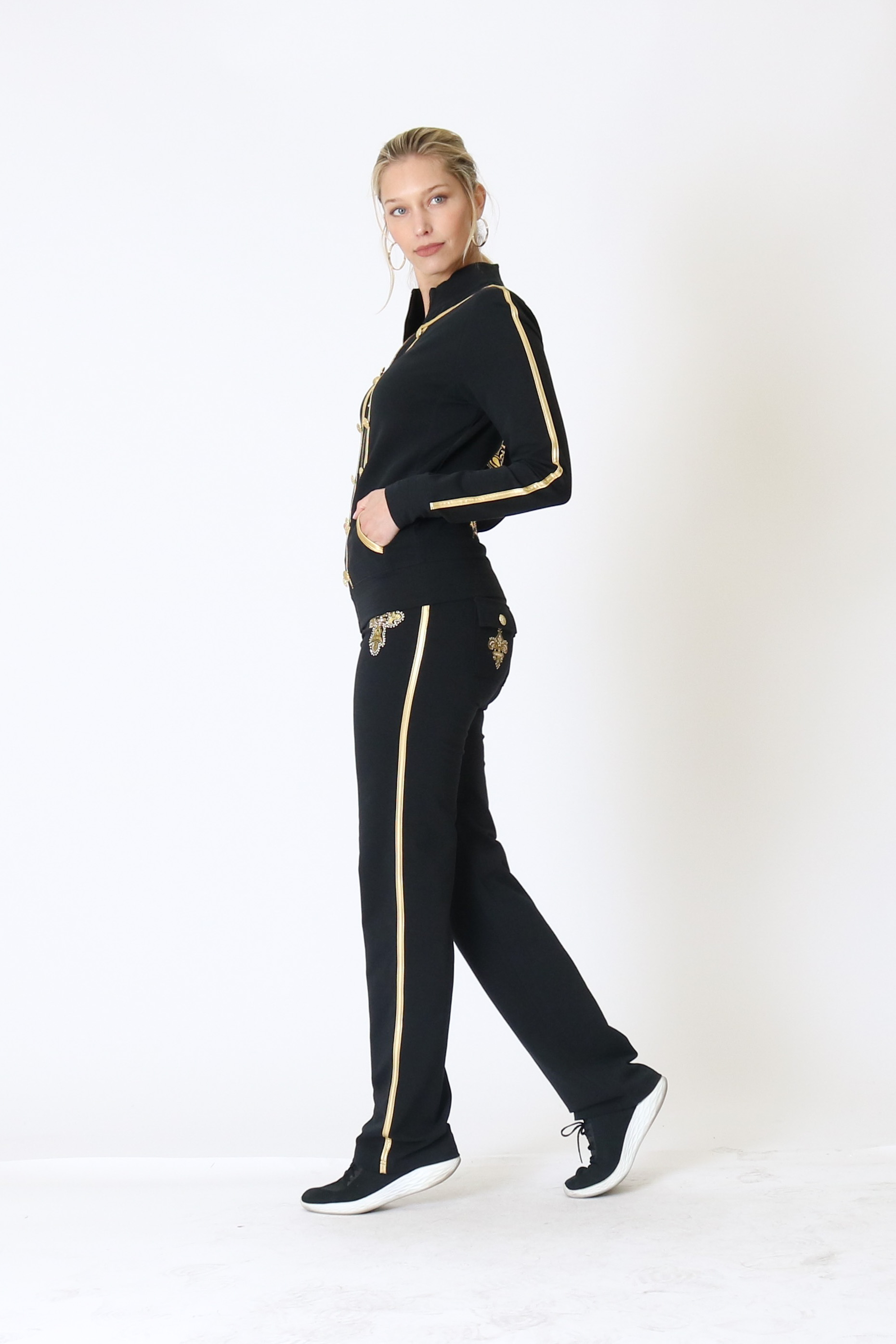 BCBG-Women-039-s-Lounge-Wear-2-Piece-Embellished-Jacket-and-Pants-Jogger-Set thumbnail 13